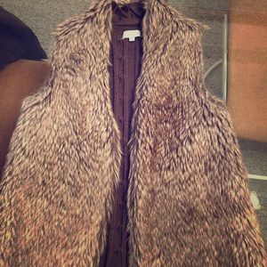 JOSEPH A KNIT FUR BROWN VEST NEW WITHOUT TAGS